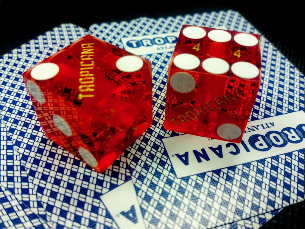 The Reality About Gambling In Ten Little Phrases