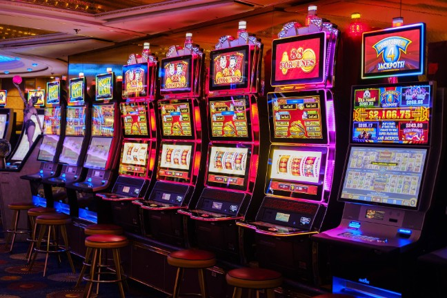 What kinds of games can you find in a live casino on your phone